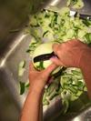 Shaving the green papaya