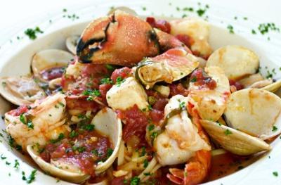 Crab Cioppino-Courtesy-Istock.com